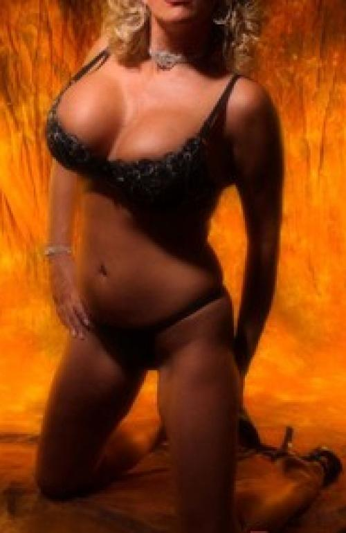 Knoxvile escorts zoey03, Escort in Knoxville, United States,